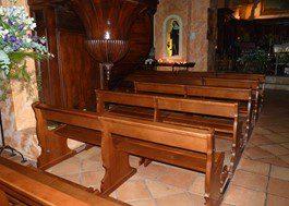 – St luc- Eglise Ste Trophyme – Bormes les Mymosas (84)